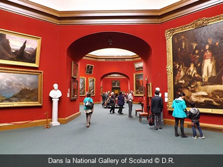 Dans la National Gallery of Scotland D.R.