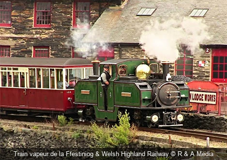 Train vapeur de la Ffestiniog & Welsh Highland Railway R & A Media