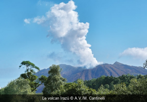 Le volcan Irazú A.V./M. Cantinelli